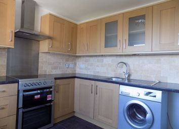 2 bed flat to rent in Kenilworth Place, West Cross, Swansea SA3
