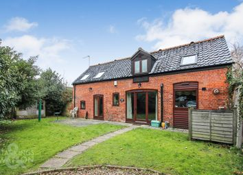 Thumbnail 2 bed barn conversion to rent in Yarmouth Road, Blofield, Norwich