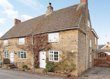 Thumbnail 3 bed cottage to rent in Kings Sutton, Oxfordshire