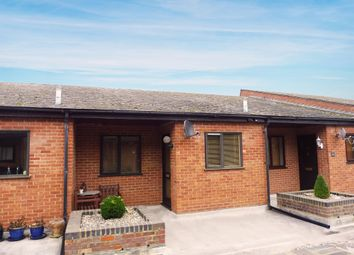 Thumbnail 2 bed maisonette for sale in Horn Hill, Whitwell, Hitchin
