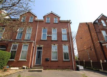 2 bed flat to rent in Rectory Road, Crumpsall, Manchester M8