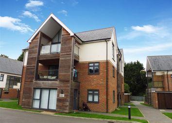 Thumbnail Flat to rent in Faversham Road, Kennington, Ashford