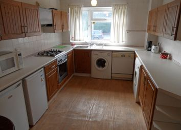 Thumbnail 3 bedroom flat to rent in Belle Vue Road, Hyde Park, Leeds