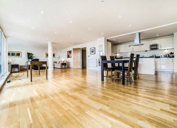 Thumbnail 2 bed flat for sale in Trinity Tower, 28 Quadrant Walk, Canary Wharf, London