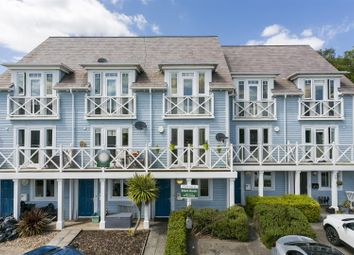 4 bed property for sale in Crossfield Walk, Snodland ME6