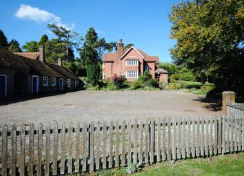 Thumbnail 4 bed detached house for sale in West Leith, Tring