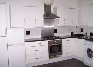 Thumbnail 1 bed flat to rent in High Street, Penge, London