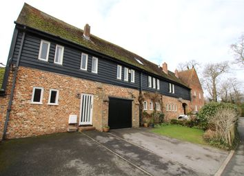 3 bed property to rent in Yew Lane, Reading, Berkshire RG1