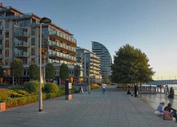 Thumbnail 1 bed flat for sale in Discovery House, Battersea Reach, Chelsea