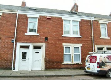 Thumbnail Flat to rent in Northbourne Road, Jarrow