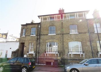 Thumbnail 1 bed flat to rent in Bloom Grove, London