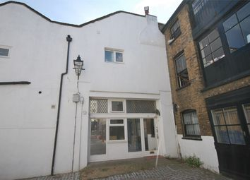 Room to rent in Grafton Mews, Fitzrovia, London W1T