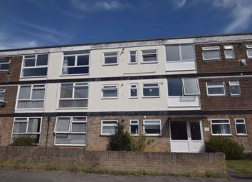Castle Lane, Benfleet, Essex SS7. 2 bed flat