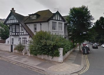 Thumbnail Room to rent in York Ave, Hove, East Sussex