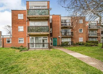 Thumbnail 3 bed flat for sale in Ingleside Drive, Stevenage