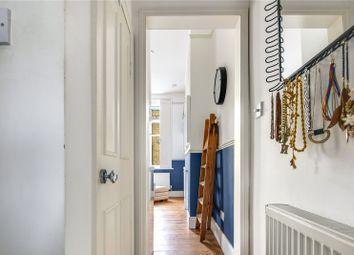Deptford High Street, London SE8. 1 bed flat