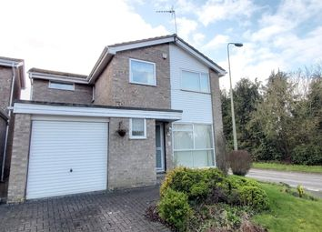 4 bed detached house for sale in Edgeworth Drive, Carterton OX18