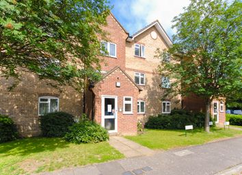 Thumbnail 1 bed flat to rent in Gainsborough Road, Hayes