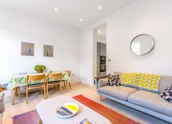 Thumbnail 3 bed flat to rent in Avenell Road, Arsenal