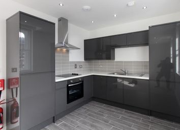 Thumbnail 1 bed flat to rent in Charles Street, Cardiff