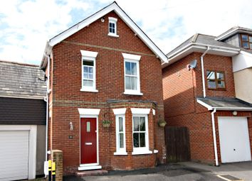 Lower Buckland Road, Lymington, Hampshire SO41. 3 bed link-detached house