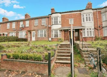 Thumbnail 4 bed terraced house for sale in Warwick Road, Banbury