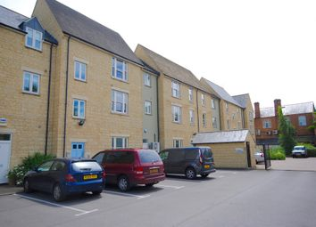 Thumbnail 1 bed flat to rent in Mill Walk, Witney