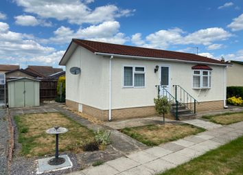 2 bed mobile/park home for sale in New Orchard Park, Littleport, Ely CB6