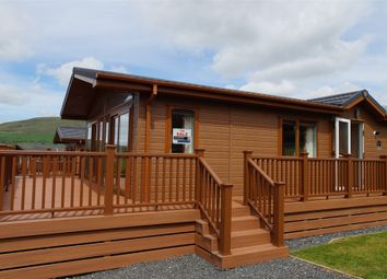 Thumbnail 2 bed mobile/park home for sale in Victory Versailles Lodge, Robin Hood Holiday Park, Nr Bassenthwaite, Keswick, Cumbria