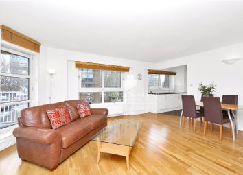 Thumbnail 1 bedroom flat to rent in Cascades Tower, Canary Wharf, London