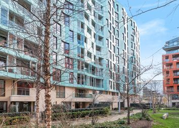Thumbnail 2 bedroom flat for sale in Telegraph Avenue, Greenwich