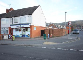 Thumbnail Retail premises for sale in Luton Road, Luton