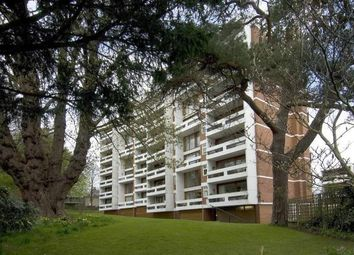 Thumbnail 2 bed flat for sale in Southwood Lawn Road, Highgate Village, London