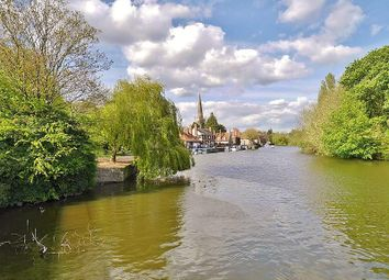 Thumbnail 4 bedroom town house for sale in Caldecott Road, Abingdon-On-Thames