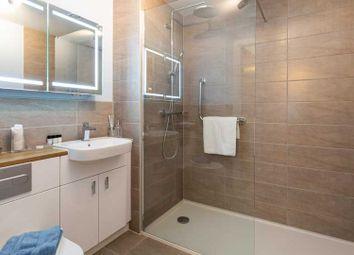 Thumbnail 2 bedroom flat for sale in Pinewood Gardens, Southborough, Tunbridge Wells