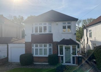 Bradmore Way, Coulsdon CR5. 3 bed detached house for sale
