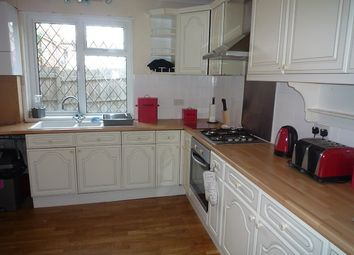Thumbnail 3 bed maisonette to rent in Victoria Road, Netley Abbey, Southampton
