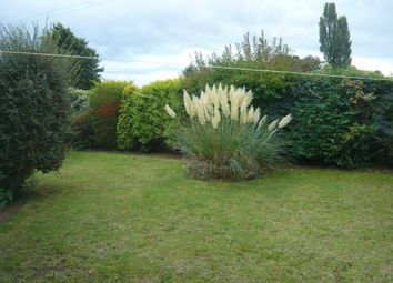 Thumbnail 3 bed detached bungalow to rent in Welland Close, Ruskington, Sleaford