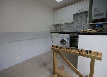 Thumbnail 1 bed flat to rent in Boundary Road, Portslade