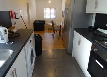 Thumbnail Room to rent in Rm 2, Henry Street, Peterborough