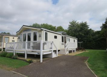 Thumbnail 3 bedroom mobile/park home for sale in Wentworth, Hopton, Great Yarmouth
