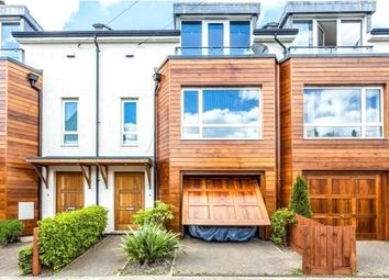 Thumbnail 3 bedroom detached house to rent in Lincoln Road, London