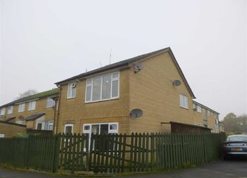 Thumbnail 2 bedroom flat for sale in Drovers Walk, Glossop, Derbyshire