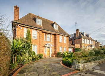 Thumbnail 6 bed terraced house to rent in Holne Chase, Hampstead Garden Suburb