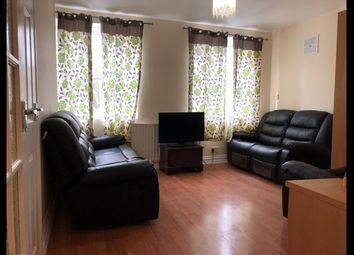 Thumbnail 1 bedroom flat to rent in Sanderstead Road, South Croydon