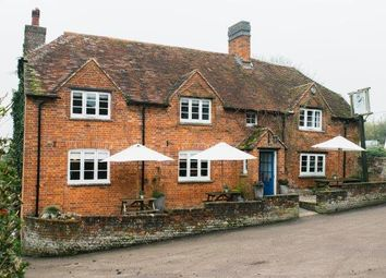 Thumbnail Pub/bar for sale in Aylesbury, Buckinghamshire