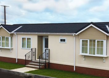 Thumbnail 2 bed mobile/park home for sale in The Lanterns, Bedwell Park, Witchford