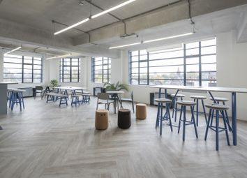 Office to let in Suncourt House, 18-26 Essex Rd., Angel N1