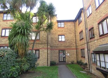 Thumbnail 1 bed flat for sale in Wyvern House, Bridge Road, Grays