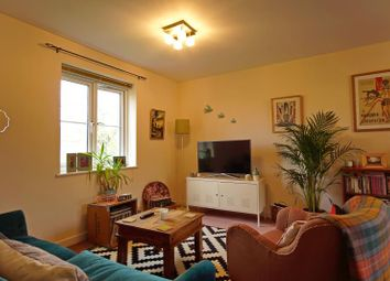 Thumbnail 2 bedroom flat to rent in Dickinsons Fields, Bedminster, Bristol